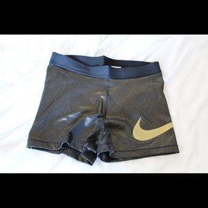 Large Nike Pro Short